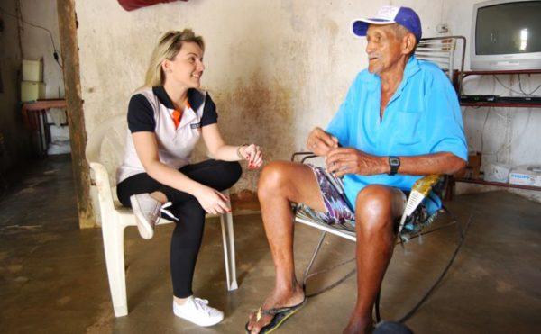 Francielle Lopes na zona rural de Caicó neste domingo